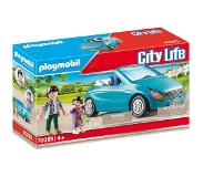 Playmobil - Dad and child with convertible car (70285)