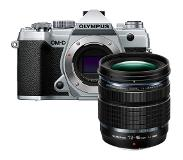 Olympus E-M5 Mark III Zzilver + 12-45mm F/4.0 Pro Kit