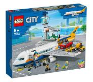 LEGO City - Passenger Airplane (60262)
